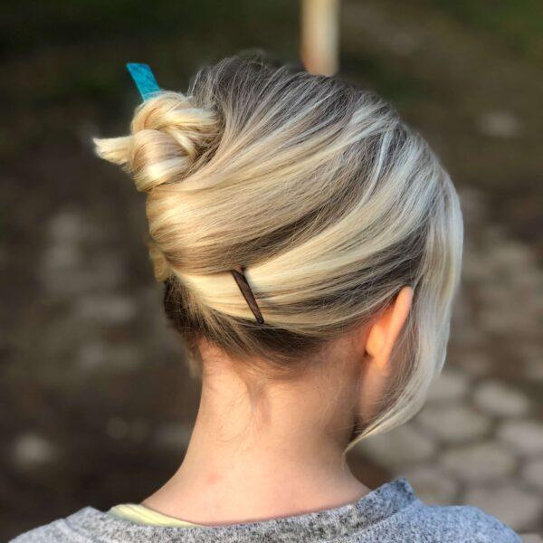 Hairstick holding a bun